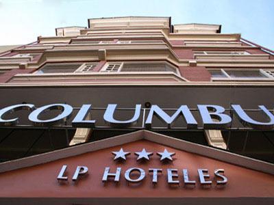 Fachada del Hotel LP Columbus