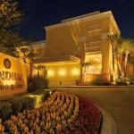 Vista de la Entrada de Noche Wyndham Orlando Resort